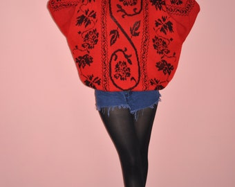 Vintage 80s 90s Red Black Knit Floral Oversized Sweater