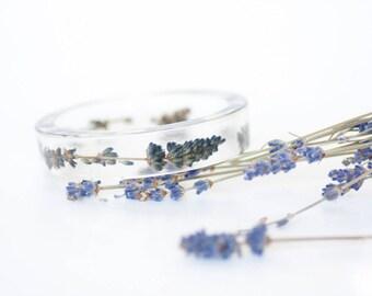 Lavender bracelet - Lavender bangle - Lavender weddings - Lavender bridal jewelry - Lavender jewelry - Purple bracelet - Purple bangle resin