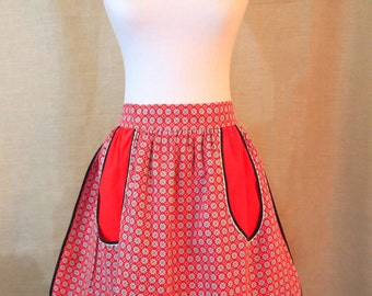 Reversable HALF APRON .. Womens Apron, Red & White Kitchen Apron, Cotton Vintage Apron, SammieDoos USA