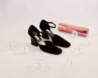 DKNY 90s black satin heels / minimalist pumps / 10 - 42 / fabric pumps / round toe maryjanes / block heels / minimalism / maryjane