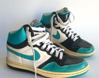 NIKE high top vintage sneakers, retro trainers, neon sport shoes, hiphop shoes, nike skate shoes, athletic shoes, tie sneakers.