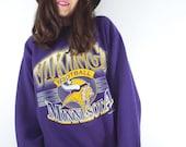 Vintage 90s Purple Oversized Minnesota Vikings Sweatshirt