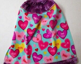 Valentines Day Hanging Kitchen Towel, Crochet, with Decorative Bottom Trim