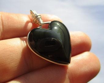 Rainbow Obsidian Pendant / Rainbow Obsidian Heart / Obsidian Jewelry / Protection / Grounds Negativity / Expands Consciousness