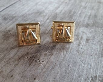 Gold Tone Sailboat Cuff Links - Great Gift!