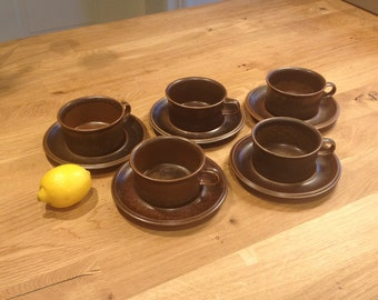 1 ARABIA FINLAND Ruska Tea Cup with Saucer / Ulla Procope / 60s / Rustic / Brown Stoneware /