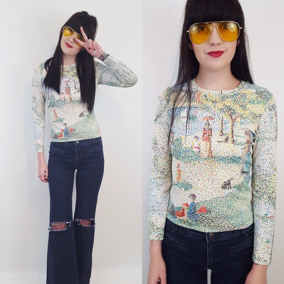 70s Vintage Georges Seurat Long Sleeve Shirt - Small 1970s Long Sleeve Top - Retro Pointallism Painterly Shirt - A Sunday Afternoon Painting