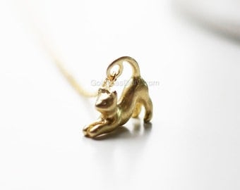 3D CAT NECKLACE, gold cat necklace, cat lover, animal necklace, pet necklace, gift ideas, necklace for cat lover, dainty cat necklace