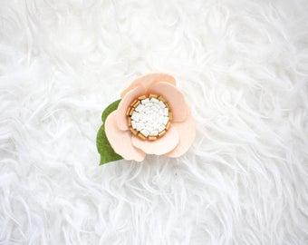 Flower Hair Clip / Hair Barrette / Hair Accessory / Flower Girl / Hair Bow / Felt Flowers / Anemone Hair Clip / Girl Gift / Floral Hair Clip