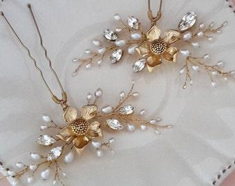Bridal hair pins, set of Hair Pins, Freshwater hairpins, Gold hairpins, set of pearl pins, wedding hair pins, hair pins set,floral hair pins