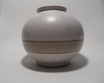 Strehla small east german ceramic vase,vase number 1480,GDR east german pottery