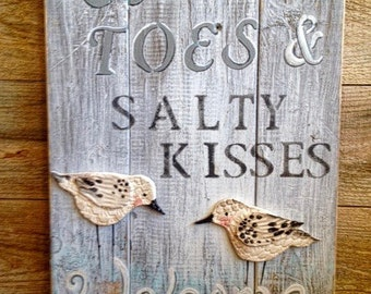 Sandy Toes & Salty Kisses Welcome Sign