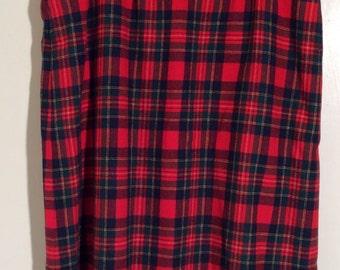 Vintage 1980s Pendelton Wool Royal Stewart Red Plaid Tartan Straight Skirt, Size 18