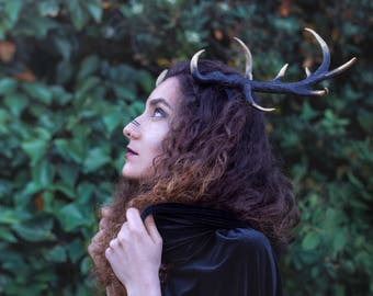 Deer antlers headband. Resin horns hadpiece in black and gold. Fantasy headdress.