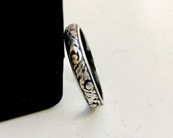 Sterling Silver Art Deco Ring - Detailed Etched Design - Antiqued Old World Finish - Marked 925