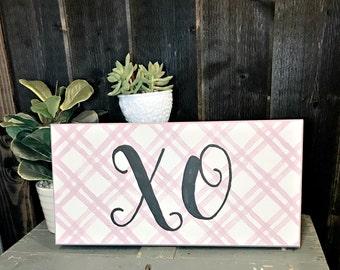 XO Valentines Refurbished Sign - Pink Plaid Background - Valentines Sign - Valentines Wall Decor - XO Valentines Decor - Pink and Black Sign