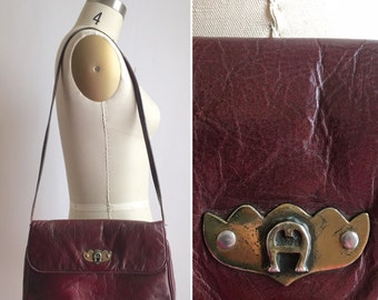 vintage Etienne Aigner purse | 70s burgundy convertible clutch