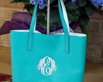 Monogrammed Bucket Style Tote/ Handbag/ Teacher Gift/  Bridesmaid Gift/   2 MORE NEW COLORS!!!