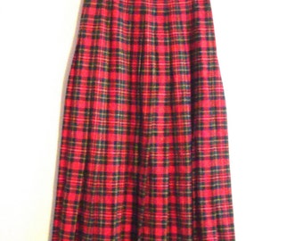 Vintage Authentic Prince Charles Edward Stewart Tartan Wool Pendelton Skirt / Women's Size XS -S / 28Inch Waist /Midi  Pleat Skirt / Classic