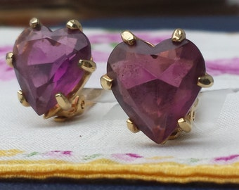 Pretty Vintage 1960s Purple Pink Glass Rhinestone Heart Romantic Wedding Gold Clip On Earrrings