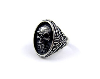 Skull ring, Cthulhu ring, Biker ring, Occult ring, Tentacle ring, Hydra ring, Harley Davidson jewelry, Lovecraft, Gothic ring for men