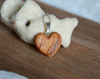 Heart shaped birch bark pendant, birch wood pendant, woodland pendant necklace, heart necklace for her, unique natural pendant in gift box