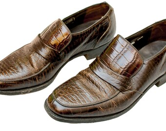 1940s Shoes Size 10 1/2 Mens Loafers Oxford Reptile Faux Leather Lizard Business Retro Rockabilly Office Unisex WWII Avant Leather Greaser