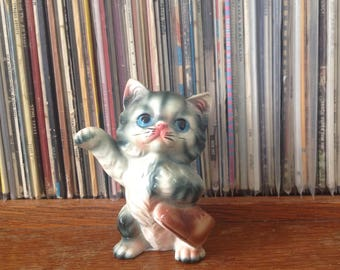 Kitsch Kitten with a boot Ornament