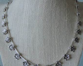 Daisy Chain Necklace,  Silver Daisy Chain Necklace,