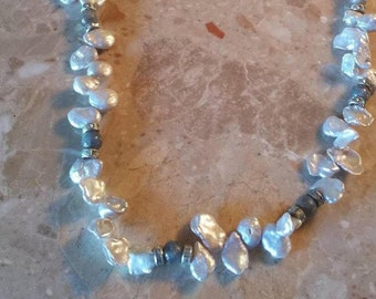 Gray Keshe Pearl and Labradorite Necklace Finished with Silver Finding