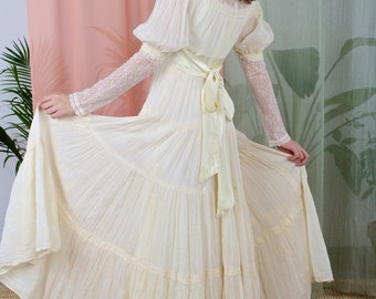 SALE - La Nellie - 1970s Prairie Style Wedding Dress