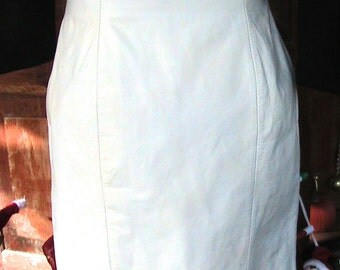 Size 8 White Leather Skirt