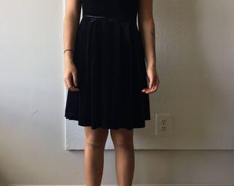 90s black velvet dress with gold studs // size 4