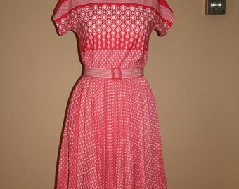 vintage pleated swing day dress