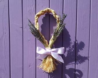 Lavender Corn Dolly, Plaited Raffia Decor, Lammas Decoration, Wheat Weaving, Dried English Stalks, Flower Wall Hanging, Summer Door Hanger