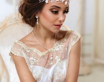 Bridal Flower crown Bridal hair vine White flower crown Leaf hair vine Ivory Floral crown Wedding flower crown First communion headpiece