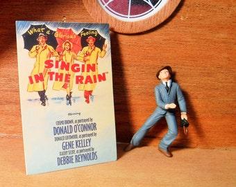 Singin in the Rain, Singin in the Rain 1952 Gene Kelly Debbie Reynolds, Keepsake Ornament 2 piece set, Keepsake Ornament Singin in the Rain
