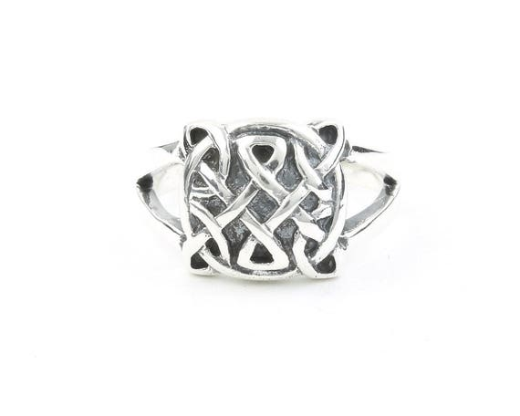 Sterling Silver Endless Knot Ring, Celtic Knot ring, Endless Knot Ring, Irish, Hippie, Boho, Bohemian, Gypsy, Festival Jewelry