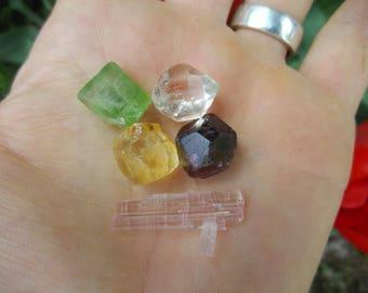 Crystal Gift Set Yellow Scapolite, Pink Tourmaline, Peridot, Red Garnet and  Diamond Quartz Crystal Healing Crystals49