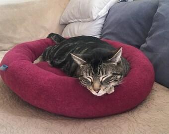 Plum Lavish Pet Lounger, Cat Bed, Dog Bed, Pet Bed