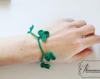 St. Patrick's day green clover jewelry, Crochet bracelet, Gift for her, St. Patrick's day present, Green bracelet, Boho jewelry charm