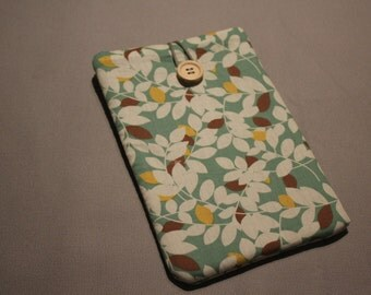 Leaf Cotton Green Kindle Paperwhite sleeve