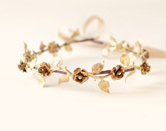Gold bridal headpiece, Golden flower vine crown, Bridal hair circlet, bridal hair crown, Metal leaf headpiece, wedding circlet, golden crown