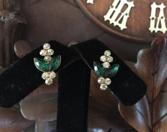 PETITE Vintage Emerald Green and White Rhinestone Silver Toned Screw Back EARRINGS Dainty St. Patrick's Day Irish Luck