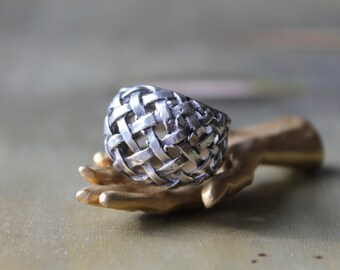 Sterling Silver Basketweave Ring, 1950 Silver Ring, Basket Weave Pattern, Sterling Rings, Gifts for Girls, Vintage Jewelry, Fifties Rings