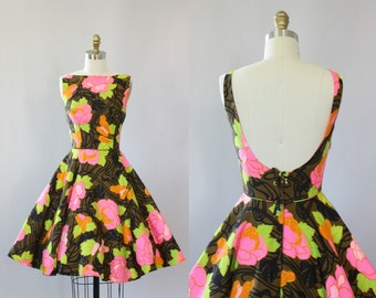 Vintage 50s Dress/ 1950s Cotton Dress/ Bright Floral Cotton Dress w/ Low Back XS/S