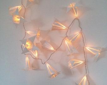 Garland light origami lily white laid paper