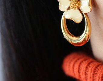Vintage Flower Clip Earrings - Gold Daisy Clip On Earrings - Gold Flower Earrings - Yellow Flower Earrings - Daisy Earrings
