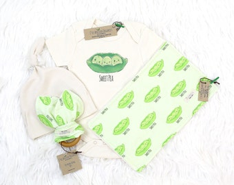 Gender Neutral Baby, Organic Handmade Set, Sweet Pea, Organic Baby Clothes, Coming Home Baby, 2 in 1 wash/burp cloth, bodysuit, teether, cap