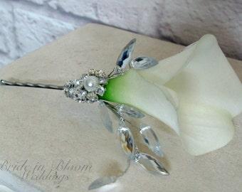 Wedding hair pin, White calla lily hair pin, Bridal hair accessory